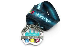 Medaille Triathlon mehrfarbig